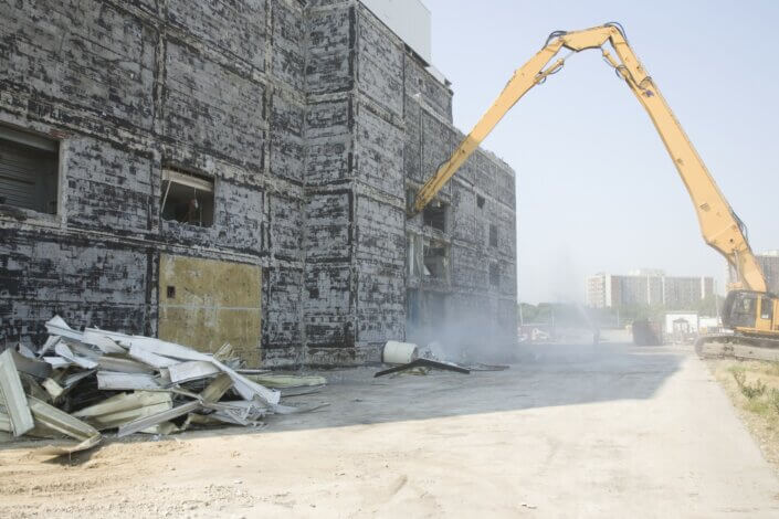 Skal du nedrive en bygning?